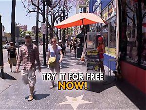 orgy tourist probes LA femmes